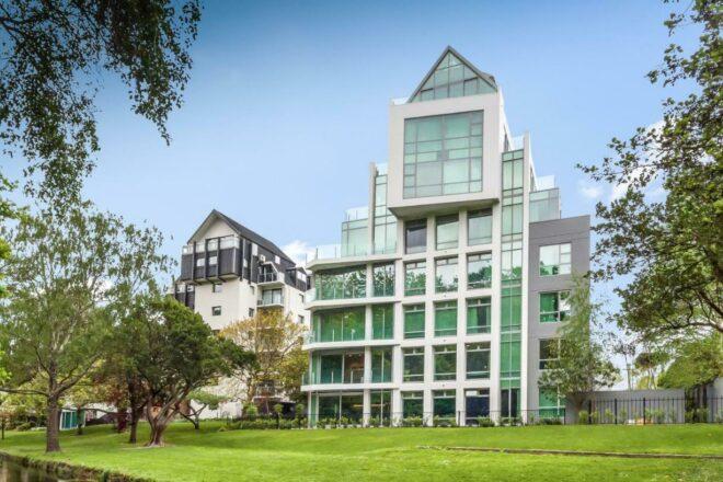 The Carlton Apartments, Christchurch